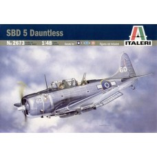 SBD 5 DAUNTLESS ITALERI 1/48
