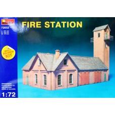 FIRE STATION MULTI COLORED KIT MINIART 1/72