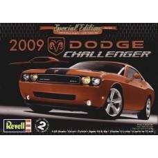 2009 DODGE CHALLENGER REVELL 1/25