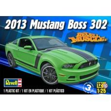 2013 MUSTANG BOSS 302 REVELL 1/25