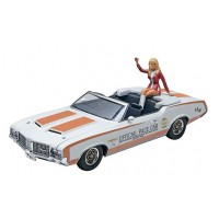 72 OLDS INDY PACE CAR W/FIGURE - REVELL - 1/25